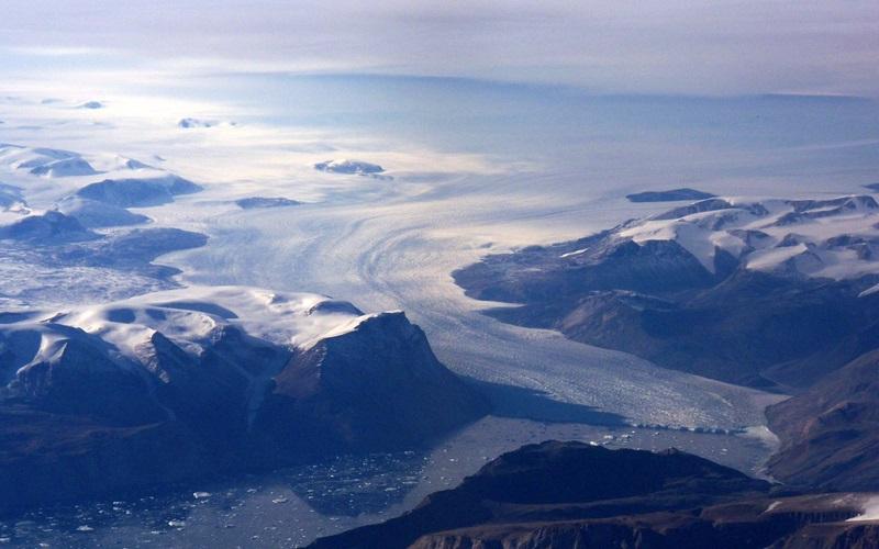 zz Greenland coast 100_0815