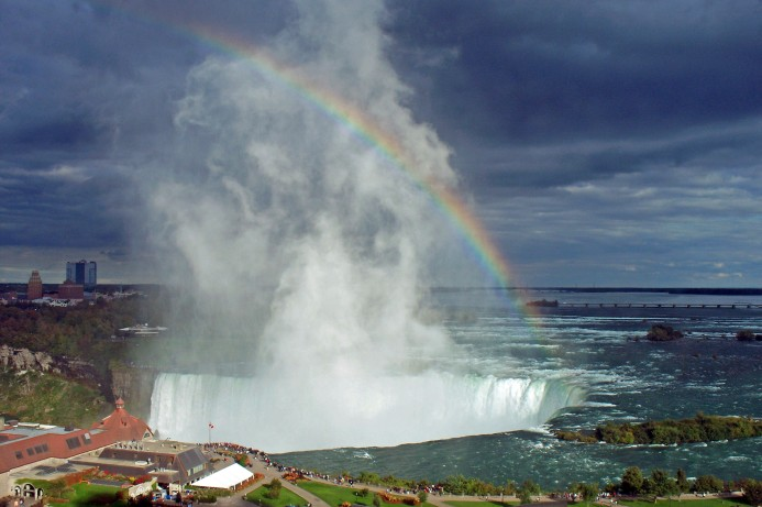 1295 Niagara Falls Canada_edited-2