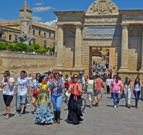 Cordoba - promenade on the bridge