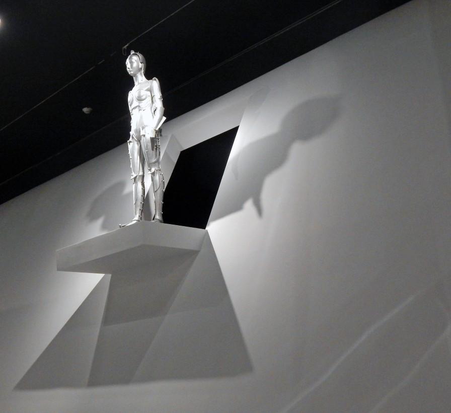 """""""Metropolis"""" set model"""